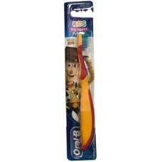 Детская зубная щетка Oral-B Kids История Игрушек, экстрамягкая, оранжевый (81691181)
