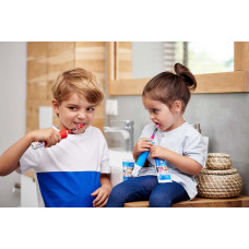 Электрическая зубная щетка Oral-B Kids Звездные войны  ТМ: Oral-B