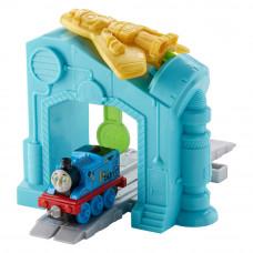 Игровой набор Thomas and Friends Adventures Запуск робота (FJP67)