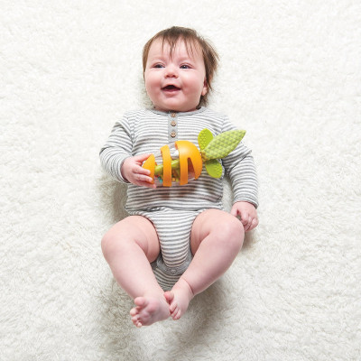 Набор погремушек Tiny Love Морковка и Клубничка 1117500458 ТМ: Tiny Love