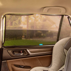 Солнцезащитная шторка в автомобиль Munchkin Brica Magnetic Stretch-to-Fit 51910 ТМ: Munchkin